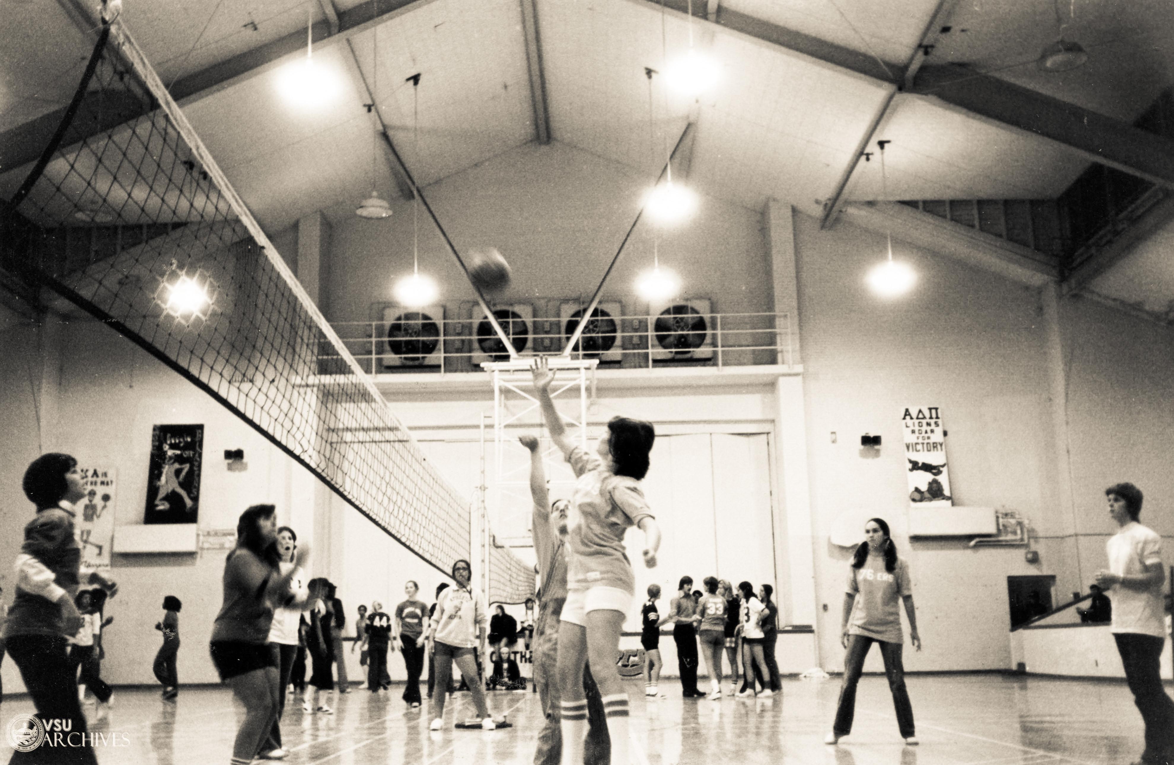 1974, Intramural Volleyball