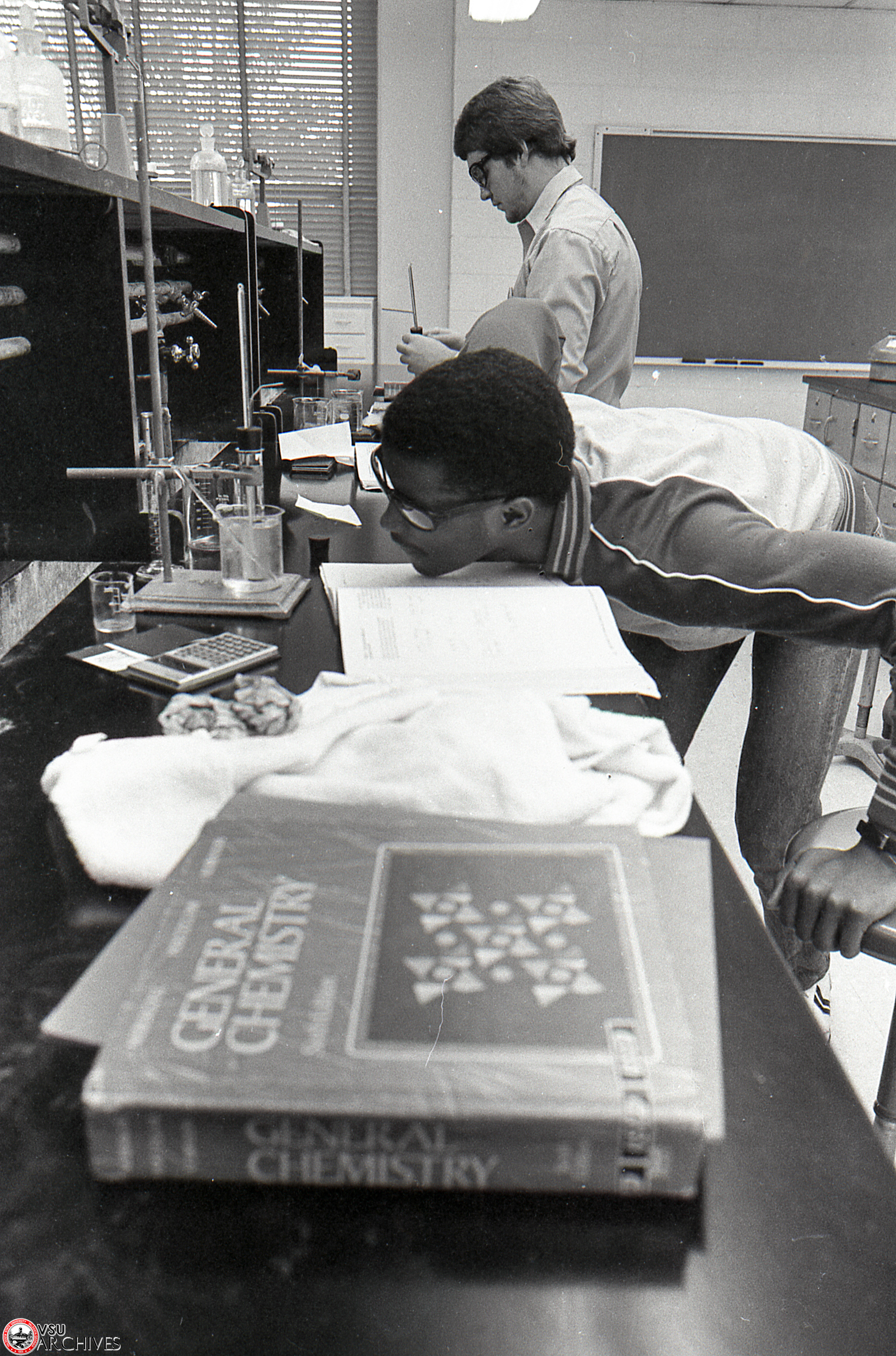1983, Chemistry Class in Nevins Hall