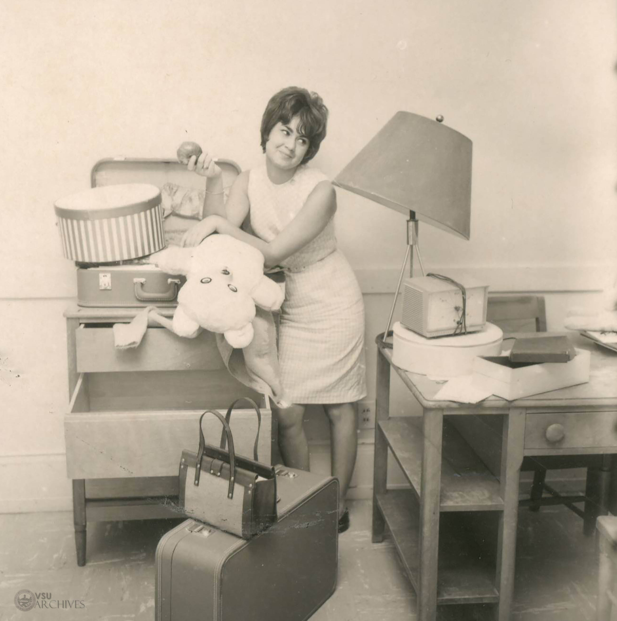 1950s, Dorm Room