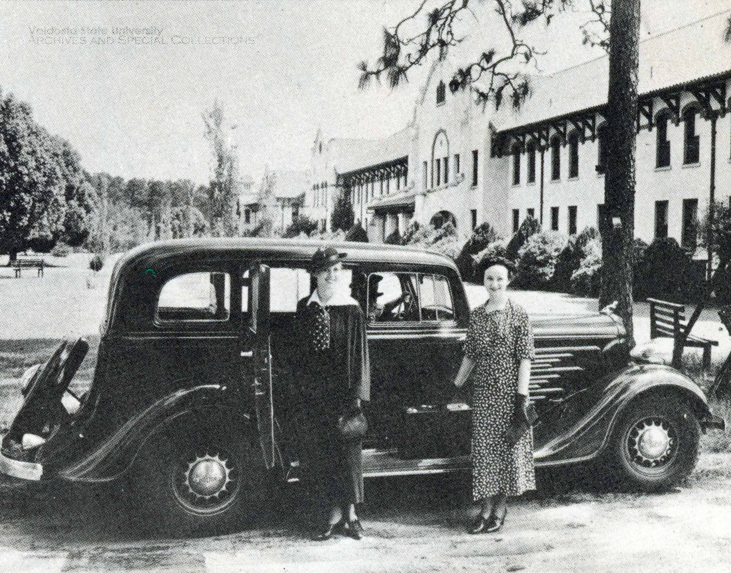 1936, Students On Move-In Day