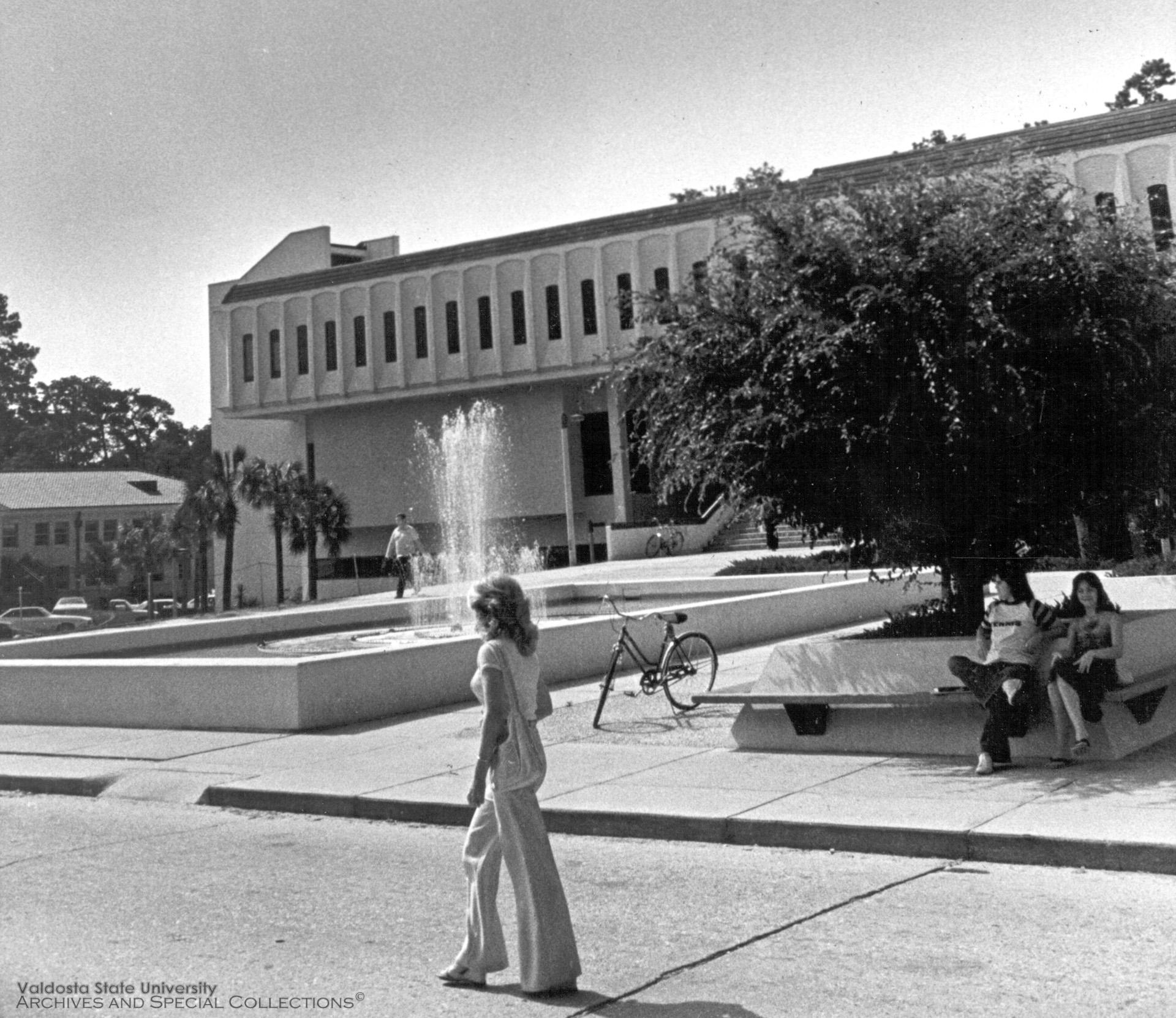 1972, Odum Library