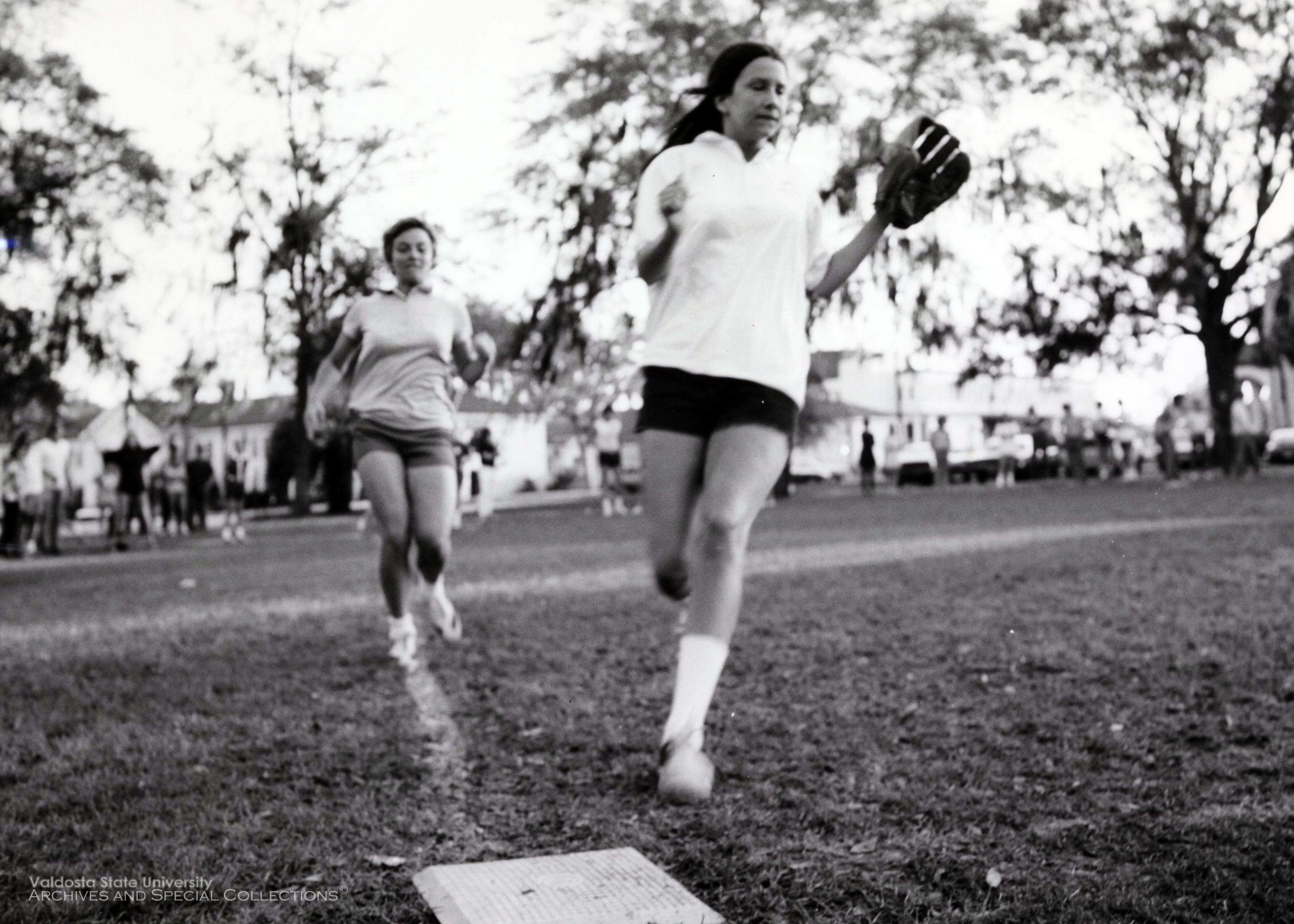 1970s, Softball
