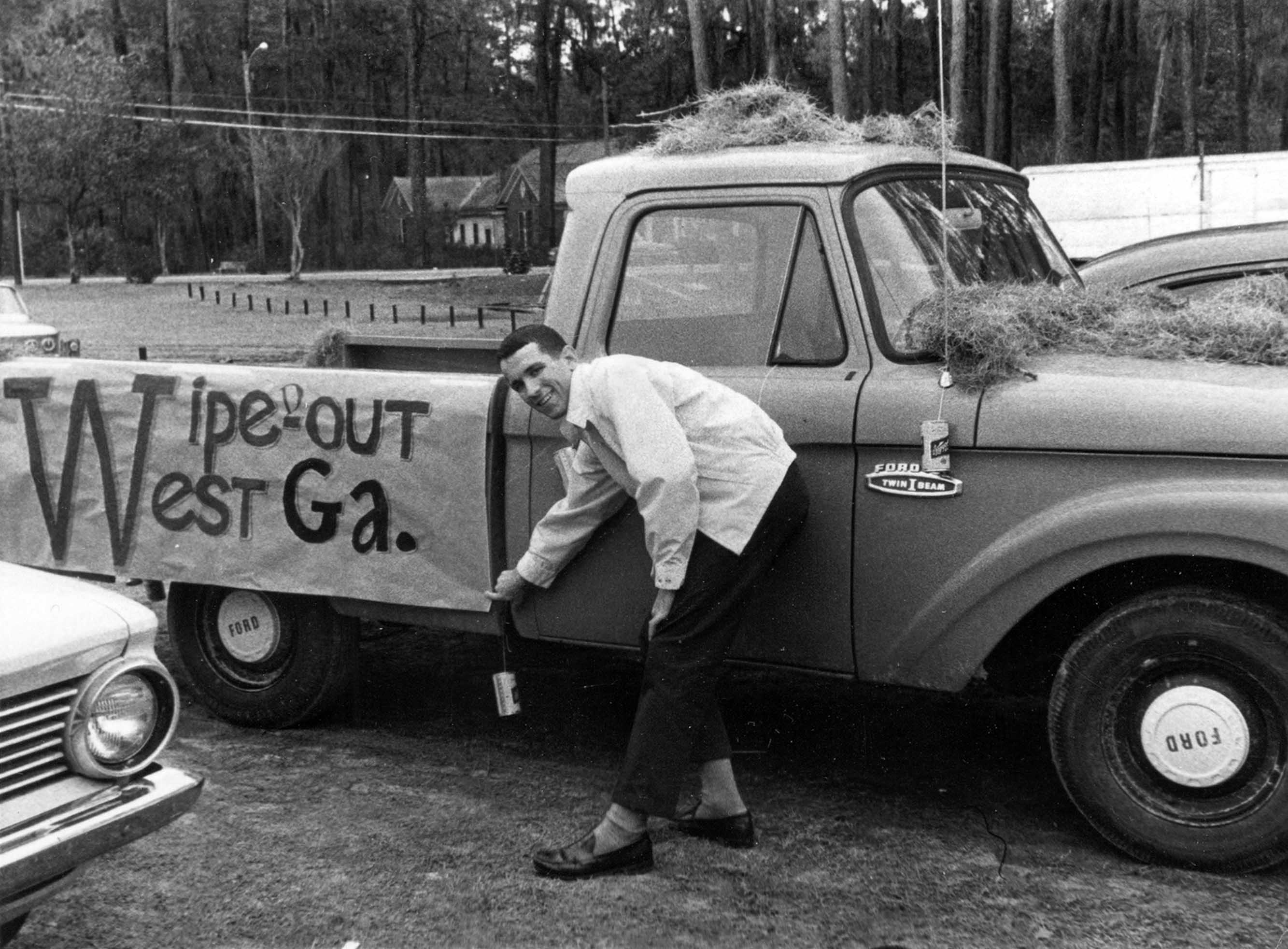 1966, Homecoming Float